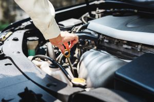 5 Common Auto Mechanic Scams